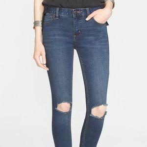 Free People Destroyed Skinny Jean Size 24